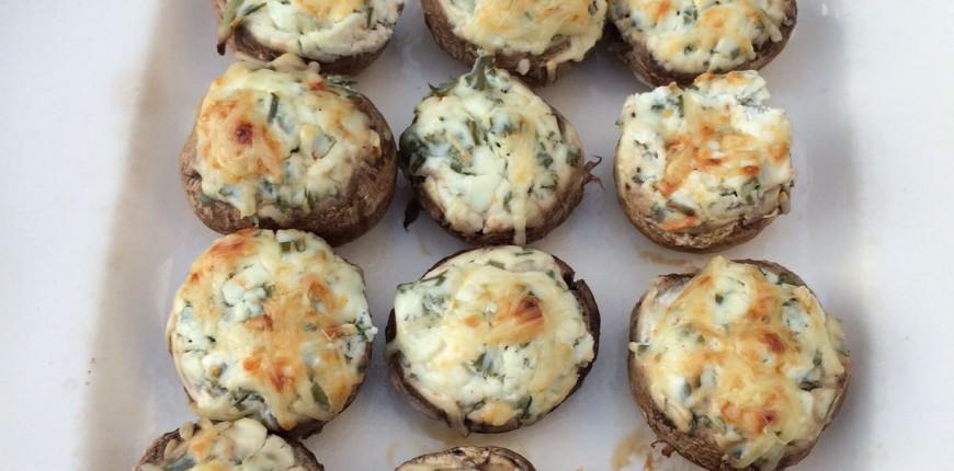 Champignons farcis fromage frais et fines herbes