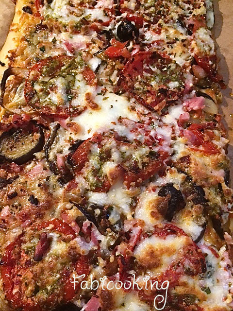 Pizza-aubergines-gorgonzola