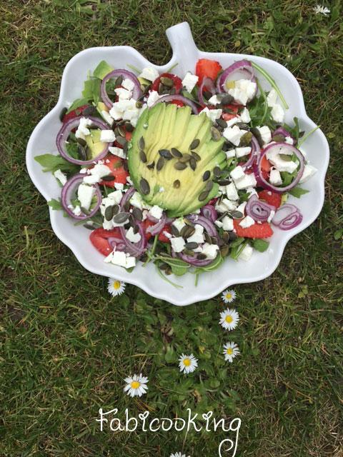 Salade-avocat-fraises