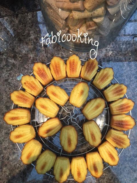 Madeleines-citron-vanille-Conticini1