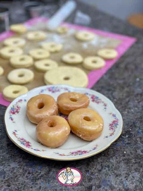 Copycat Krispy Kreme     doughnut, Donut