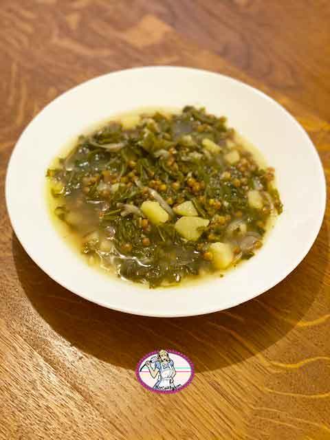 Adass bi Hamod, soupe aux blettes, lentilles et citron