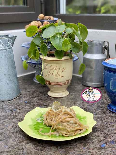 Spaghettis au curry vert et petits pois