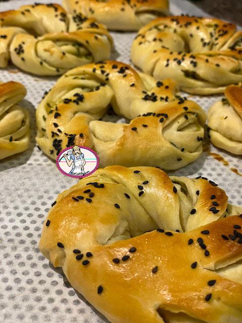Petits pains au zaatar