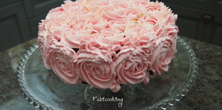 Délice Pistache Framboise et Chantilly à la rose