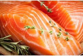 Saumon mariné au gingembre frais