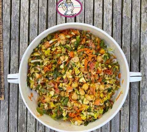 Salade de pois chiches sauce cacahuète