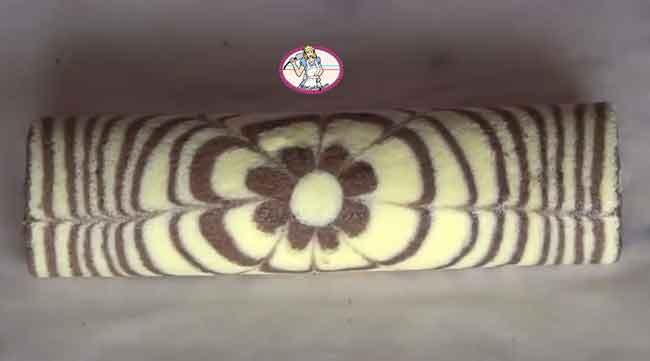 Gâteau marbré roulé