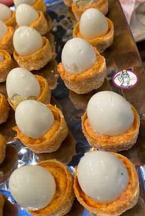 Crème de chorizo et oeufs de caille