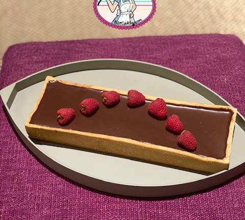 Tarte au chocolat et croustillant praliné pistache
