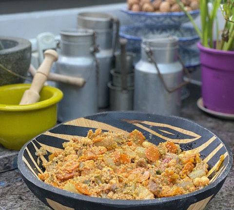 Salade marocaine à la semoule, carottes et artichaut